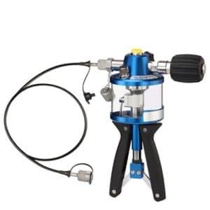 pompe manuelle d'étalonnage avec reservoir pour fluide